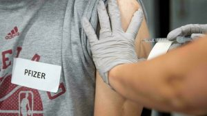 US approves Pfizer immunization promoters for those at high danger or more than 65