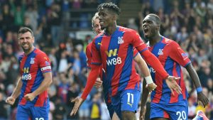 crystal palace late show ends Spurs' perfect start