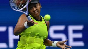 Osaka progresses by walkover and Halep succeeds at downpour hit US Open