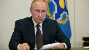Putin to stay in self-disengagement after many his company get Covid-19