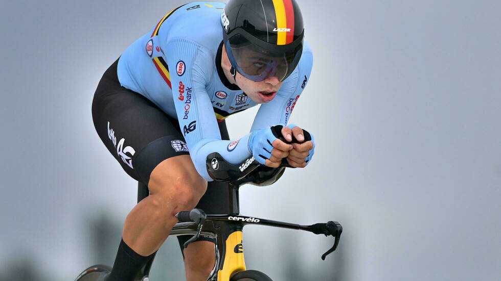 Van Aert can thrive on Flanders hills in quest for cycling world title